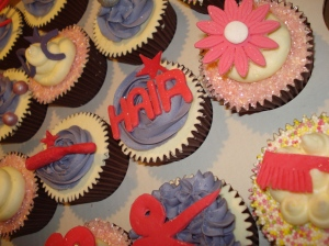 Hair, scissors, brush, comb cupcakes