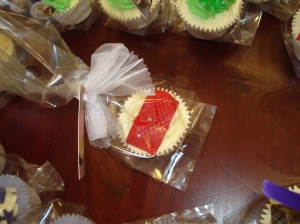 Red clutch bag cupcake