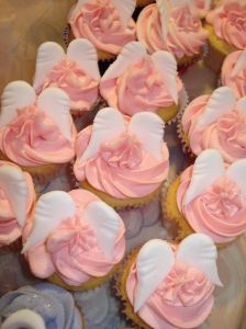 Angel wings on mini cupcakes