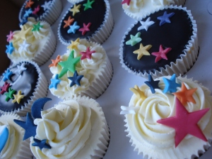 More starry cupcakes