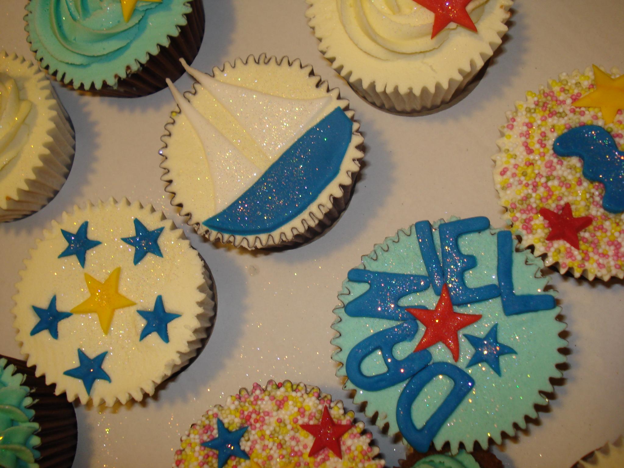 Birthday boy cupcakes!