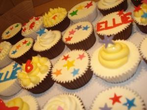 Stars and swirl cupcakes