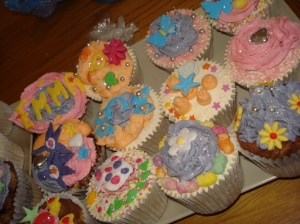 Colourful party cupcakes