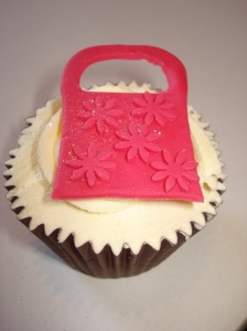 Sex and the City handbag cupcakes