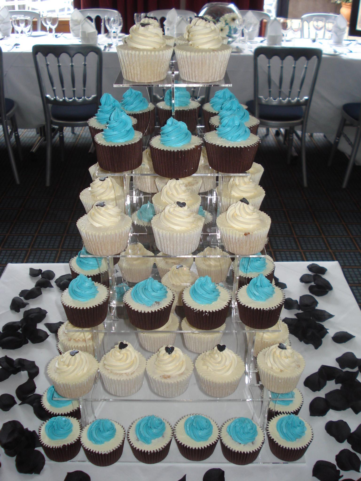 Weddings Cakes By Lizzie Edinburgh