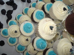 Small black loveheart on a wedding cupcake