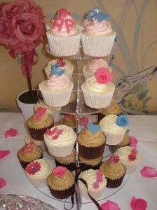 Wedding tea party cupcakes