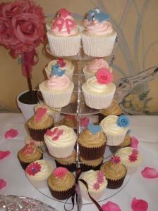 Wedding tea party cupcakes