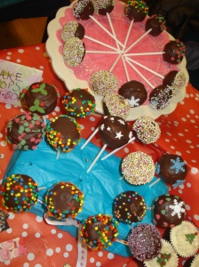 Cake pops by Lizzie's Tea Party