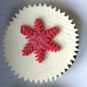 Red snowflake cupcake
