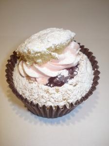 Victoria Sponge lovecake