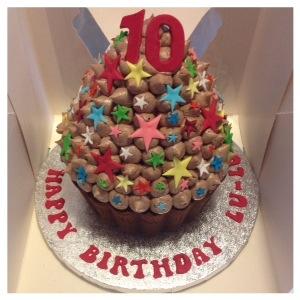 10th Birthday Giant Chocolate Cupcake Cakes By Lizzie Edinburgh