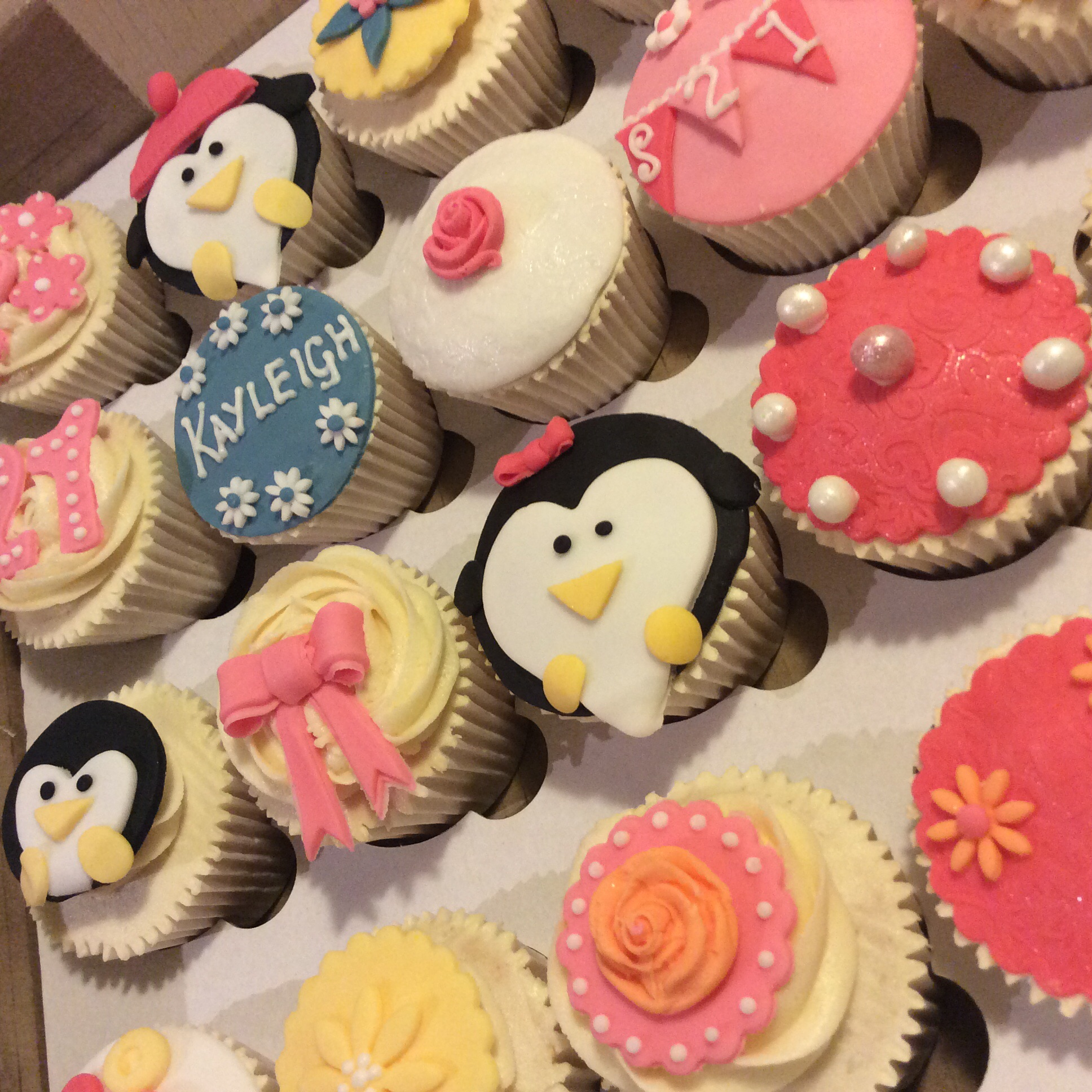 Pink Purple And Penguin Cupcakes Cakes By Lizzie Edinburgh