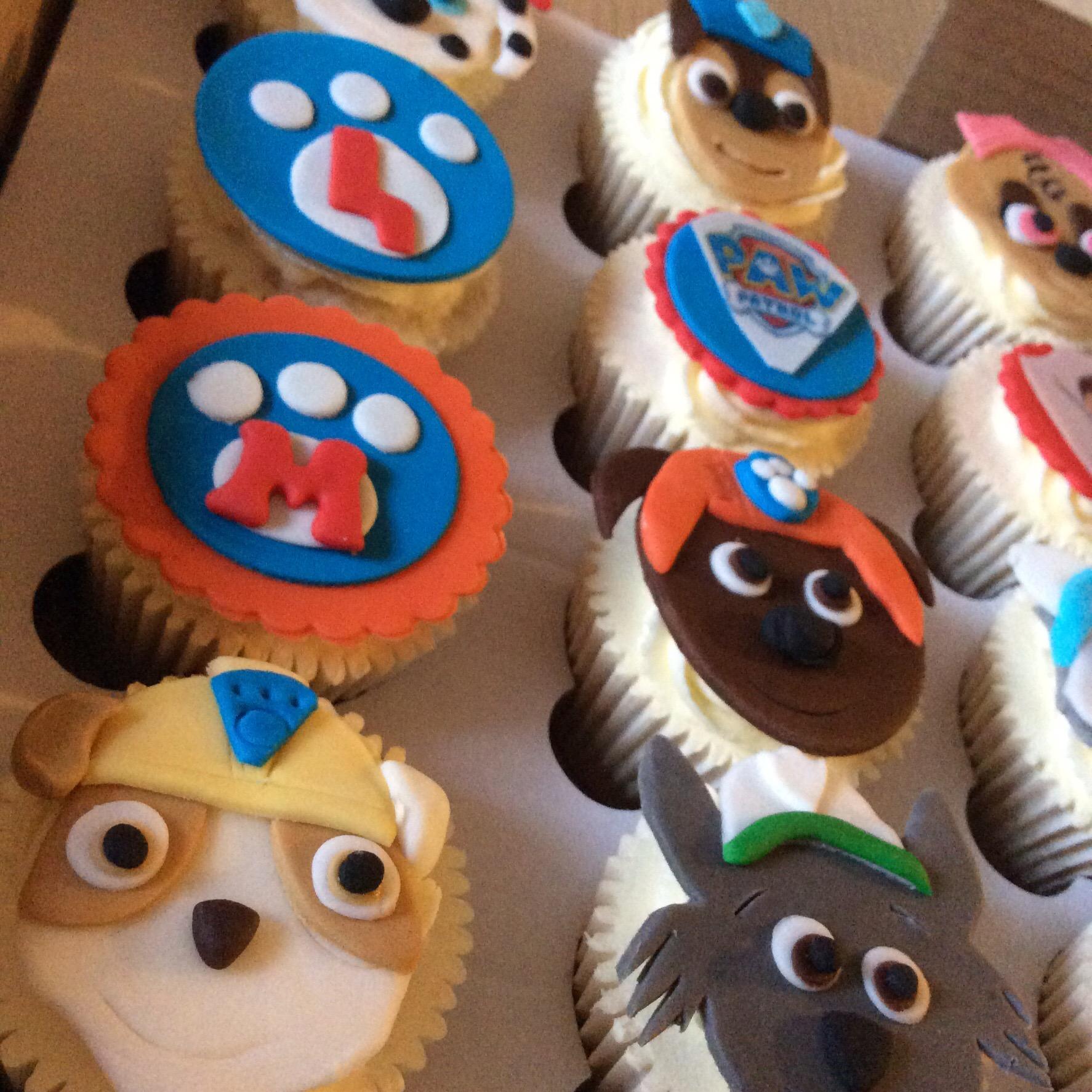 Brilliant Wow Paw Patrol Cupcakes Cakes By Lizzie Edinburgh Personalised Birthday Cards Beptaeletsinfo