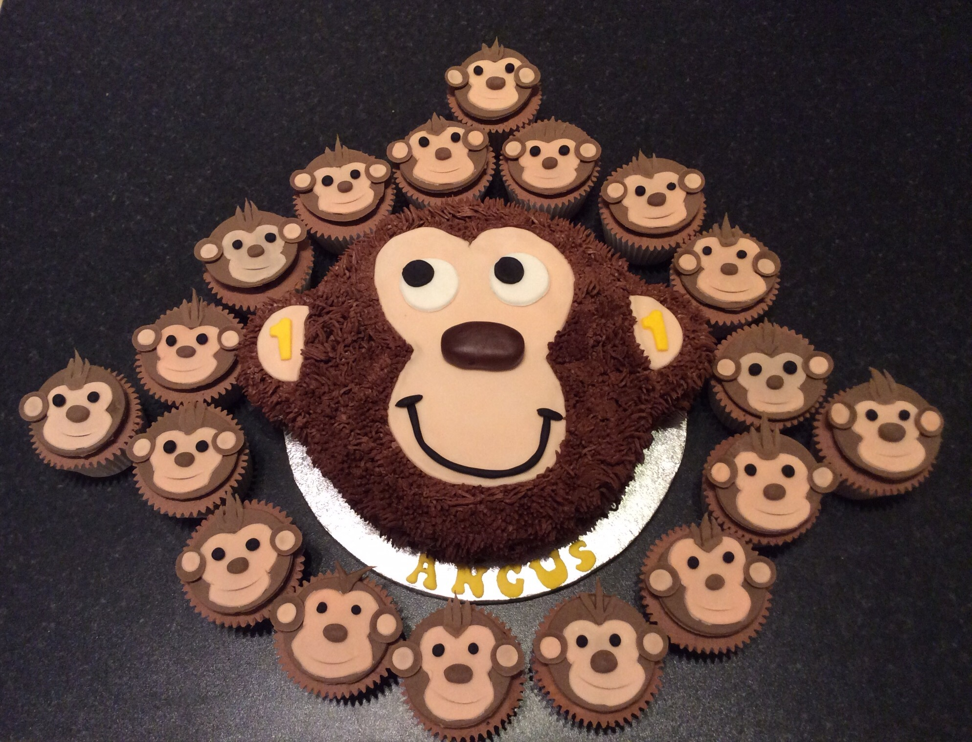 Surprising I Love Monkey And The Monkettes Cakes By Lizzie Edinburgh Birthday Cards Printable Trancafe Filternl