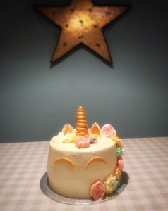 Unicorn Cake by Lizzie